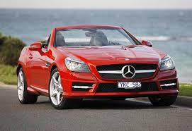The slk350's cabin is all high rent as long as you don't look skyward. Mercedes Benz Slk350 2011 Review Snapshot Carsguide
