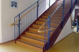 Die technischen regeln für arbeitsstätten (asr) konkretisieren die anforderungen der arbeitsstättenverordnung (arbstättv). Vbg 1 5 Treppen