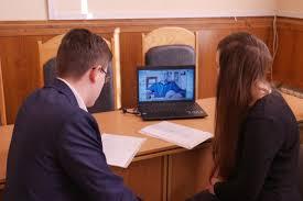 Магистры специальности Право ЗНУ защитили дипломные работы на   который сейчас параллельно приобретает юридическое образование на базе Таллинского технического университета Тема его работы относится к области