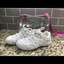Nfinity Defiance Cheer Shoe Size Y3