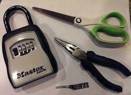 how to pick a master lock. How To Pick A Master Lock In 90 Seconds