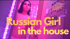 Hong Kong Red Light Area Youtube Russian In The House At Fuji Building Hong Kong Red Light District April 2019