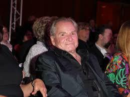Fritz wepper (born 1941), german actor; Fritz Wepper Arzt Sprach Von 5 Prozent Uberlebens Chance Bildderfrau De