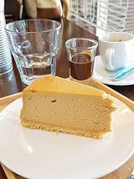 baileys cheesecake served with a baileys and chocolate sauce on the side diageo provides nutritional information