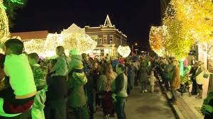 Fayetteville Lighting Of The Square Lights Of The Ozarks Begins Again In Fayetteville Fort