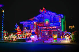 cool christmas house lighting. Christmas Lights On Houses (02) Cool House Lighting T
