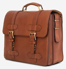 side view of the handmade brown vegetable tanned leather briefcase for men