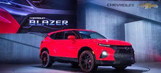 Gm Bringt Geländewagen Ikone Zurück 2019 Chevrolet Blazer Midsize Crossover Statt Suv News Americar Das Online Magazine Für Us Car Fans