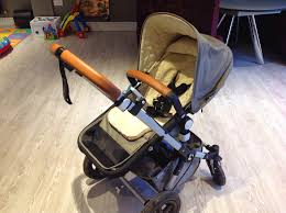 from day one of being pregnant i had my heart set on a bugaboo chameleon there were a couple of times i swayed to other buggies like the uppababy vista