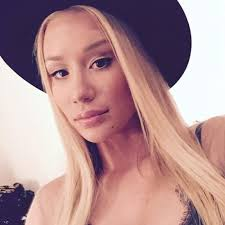 iggy azalea looks up to britney spears normal family life she gives me hope