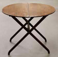 small round folding table