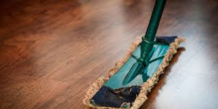 how does vinyl plank flooring really hold up