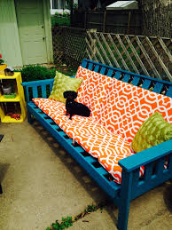 best paint for outdoor furnitureOld futon frame weatherproof spray paint and outdoor cushions