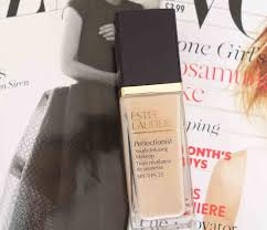 youth infusing makeup spf25 estee lauder perfectionist youthj infusing make up review