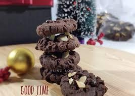 Apa yang anda bayangkan setelah mendengar kue cookies coklat ? Resep Good Time Cookies Cookies Cokelat Dengan Choco Chip Dan Almond Kue Natal Lebaran Imlek Oleh Lini Cookpad