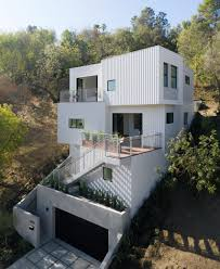 Steep Hillside Home Designs Stack House By Freelandbuck Is Lodged Into Steep Hillside In La
