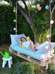 diy outdoor projects. Wonderful Projects DIY Outdoor Hanging Bed For Kids To Diy Projects