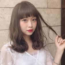 2019年春版人気の髪色は3月5月の流行ヘアカラー予想 ローリエプレス