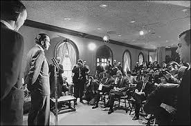 james s brady press briefing room historical photo essay president richard nixon talks reporters in the new press briefing room 17 1970