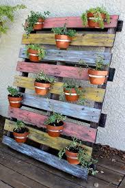 17 creative diy pallet planter ideas for spring vertical pallet gardenherb