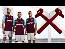 They compete in the premier league, the top tier of english football. West Ham United 2017 18 Home Kit Revealed Youtube