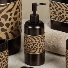 Leopard Bedroom Leopard Bathroom Decor Design Ideas Decors Image Of Print Idolza