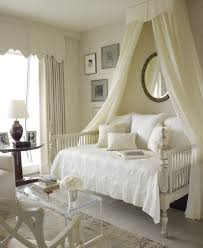 Crown Canopy Bed Queen — Ccrcroselawn Design : Look Beautiful Canopy ...