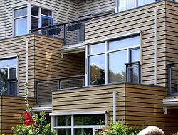 appartements du quartier des seniors construit au début des années 2000 à eva lanxmeer isolation renforcée calme bois écosociocertifié fsc