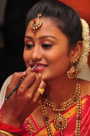 kl 1 bridal trends is an based bridal make up service provider wedding makeup indian