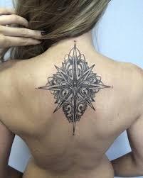 тату для девушек на спине крылья узоры бабочки надписи дракон