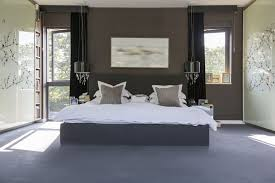 How to Create a Romantic Bedroom With Color
