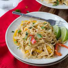 easy vegan drunken noodles delish