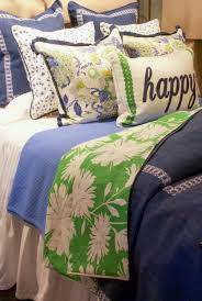 anne wanted to create a bed with a fresh preppy feel that also featured her cur color crush navy and kelly green her inspiration fabric was the blue