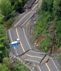 Los terremotos más fuertes del mundo. Images?q=tbn:ANd9GcTIT96ONXha3zOwf4JSWThyKMyyqQ57vdTQmNgXgrfpViVfNisybw
