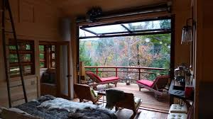 treehouse masters. Treehouse Masters - Bedroom Rustic-deck