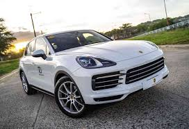 Motioncars Com The Car Chart 2020 Porsche Cayenne Is Not Your Ordinary Suv Motioncars