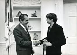 nixon office. The Student Who Once Nudged His Way To Oval Office Now Hopes Move In Nixon M