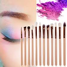 how to blend makeup eyeshadow
