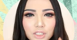 this asian beauty trend that s sweeping social a is bonkers glamour uk
