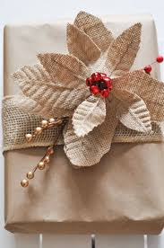 In need of a few fun and easy gift wrapping ideas? Check out these 6  different crafty ideas all using brown kraft paper!