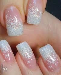 25 snowflake nail designs for