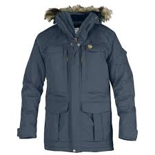 loaded with convenient pockets and capable of withstanding moisture without losing its insulating properties this durable coat provides protection in any