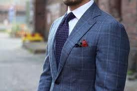 Pattern Shirt With Pattern Tie New Decorating Ideas