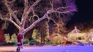 Christmas Lights Buckinghamshire Christmas In Peddlers Village Visit Philadelphia