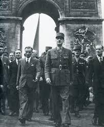 Libération de Paris - 25 et 26 Août 1944 (Discours du général de Gaulle).
