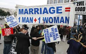 Should gay marriages be banned