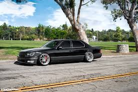 Lexus LS 400 1999   Auto images and Specification