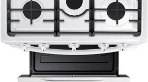 Samsung NX58M5600SW 30 Inch Freestanding Gas Range with Convection