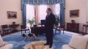 george bush oval office. Bush Takes A Last Look Around The Oval Office With His Dog, Ranger, Before George U