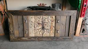 picture of rack from reclaimed pallet wood